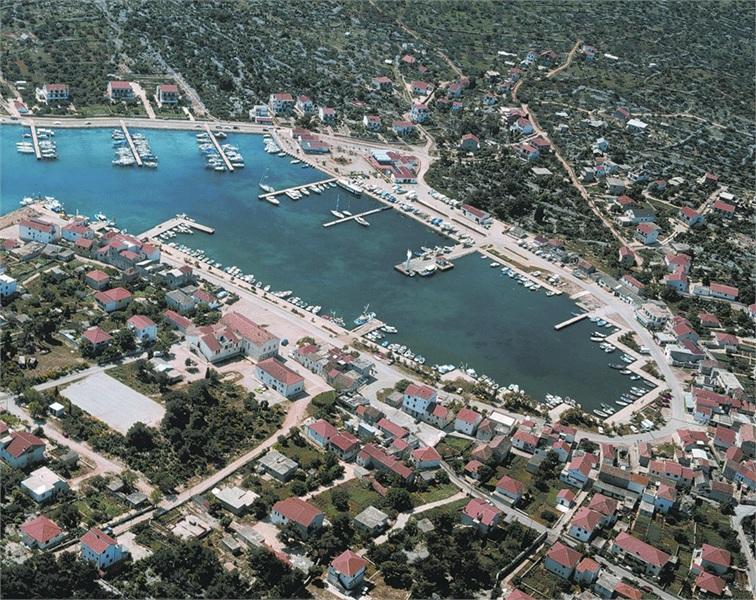 Betina Island Murter Croatia Travel Croatia Appartments And Villas Croatia Private